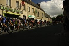 whole circus on last corner, from that point downhill with tailwind to Utah Beach